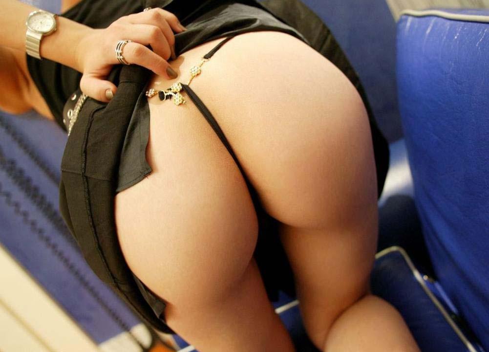 お尻 捲る スカート たくし上げ エロ画像【40】