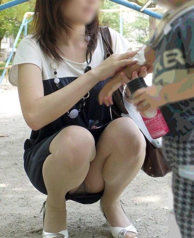 ヤンママ パンチラ 10代 20代 若い 人妻 パンツ エロ画像【28】