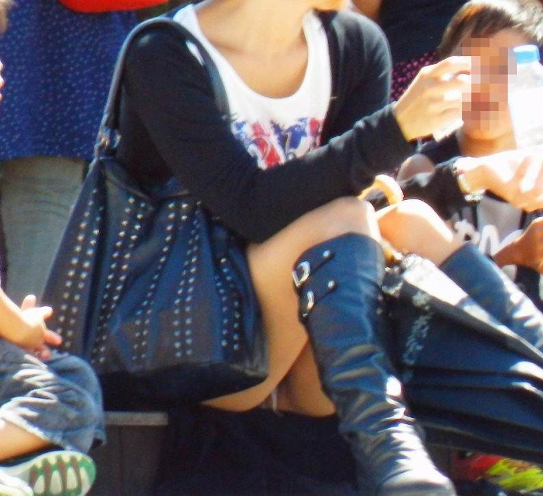 ヤンママ パンチラ 10代 20代 若い 人妻 パンツ エロ画像【31】