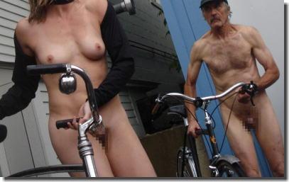 女子目線・ゲイ目線で見る全裸サイクリング男子のエロ画像 ④