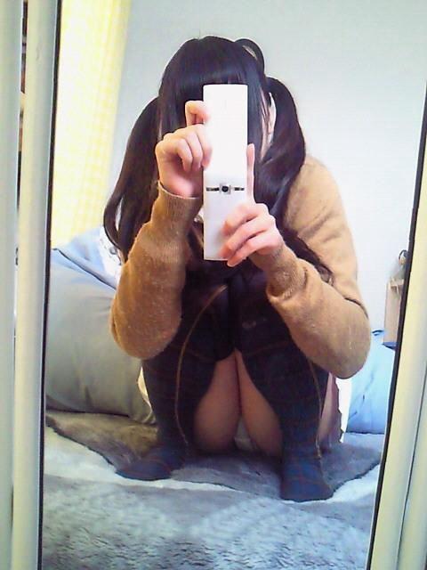 自宅 姿見鏡 自撮り 全身 鏡撮り エロ画像【20】