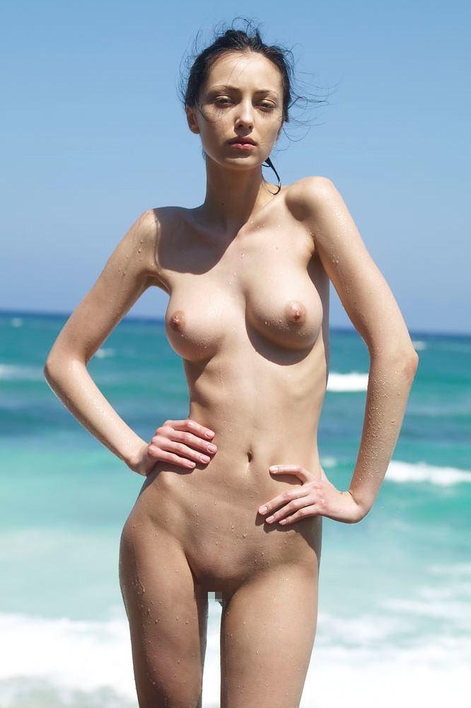 美乳 白人 美女 外国人 エロ画像【27】