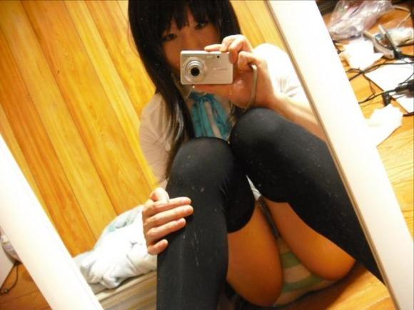 縞パン JK 制服 パンツ 萌え エロ画像【25】