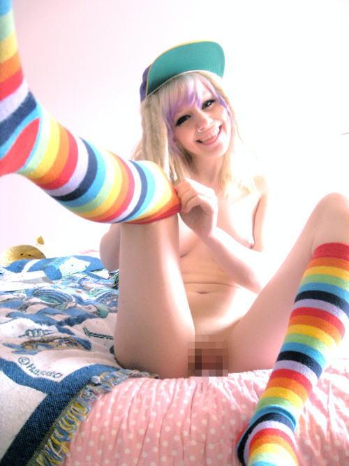 レインボー ソックス 虹色 靴下 エロ画像【7】