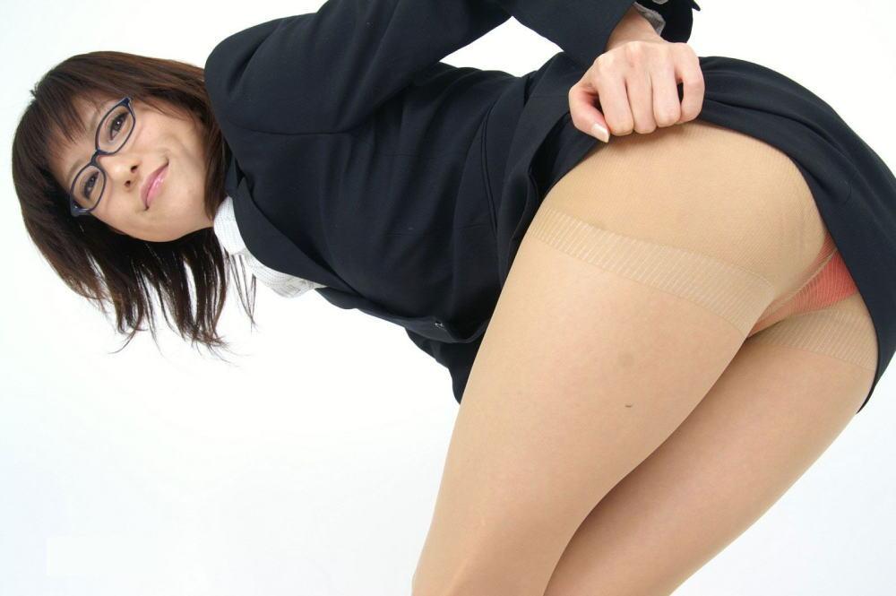 眼鏡 美人 メガネ OL パンチラ エロ画像【12】