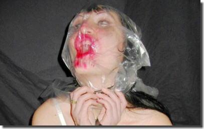 窒息プレイ!ビニール袋を被せた息苦しいエロ画像 ①