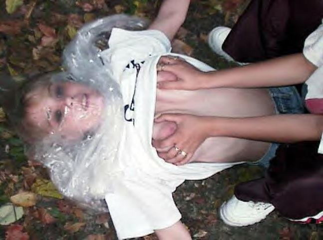 窒息プレイ ビニール袋 被る 息苦しい エロ画像【31】