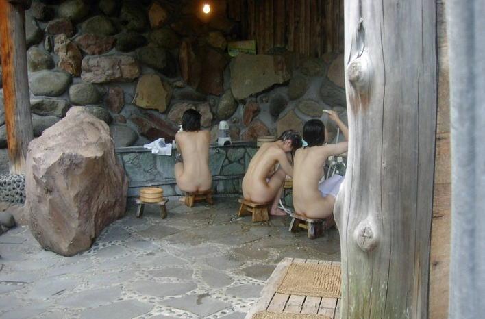 スーパー銭湯・温泉で隠し撮りした様なエロ画像
