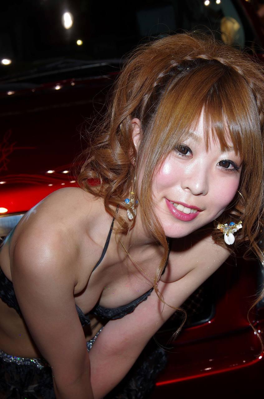 胸チラ 乳首チラ キャンギャル コンパニオン 胸元 エロ画像【35】