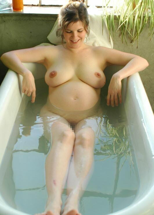 妊婦 お風呂 バスタイム 妊娠中 入浴 エロ画像【12】