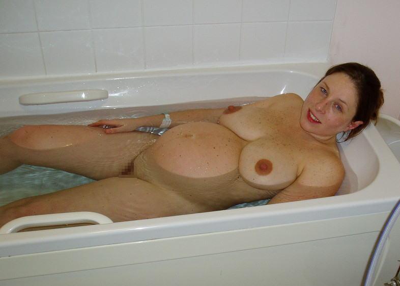 妊婦 お風呂 バスタイム 妊娠中 入浴 エロ画像【23】