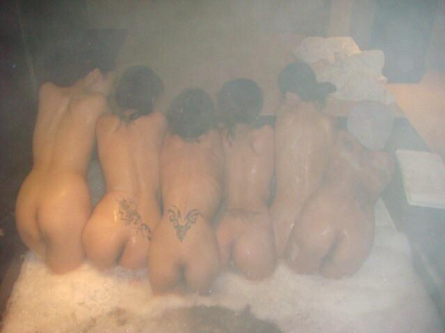 お風呂 おふざけ 記念写真 エロ画像【5】