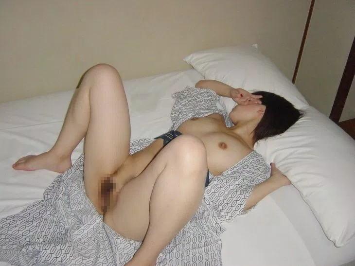 日本人 浴衣 前開き はだける 風流 エロ画像【37】