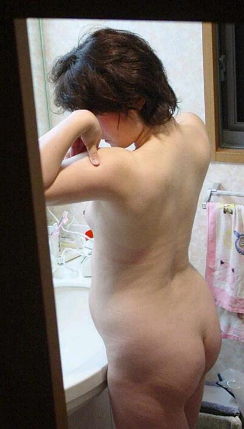 ババア 熟女 背中 エロ画像【40】