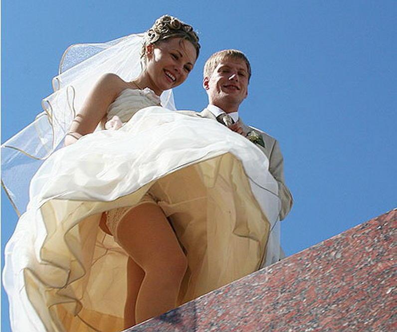 結婚式 パンチラ 外国人 花嫁 エロ画像【7】