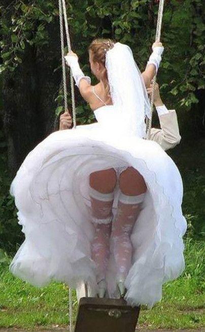 結婚式 パンチラ 外国人 花嫁 エロ画像【9】
