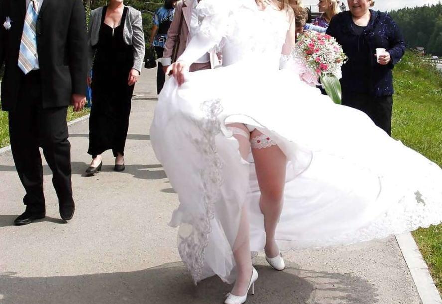 結婚式 パンチラ 外国人 花嫁 エロ画像【20】