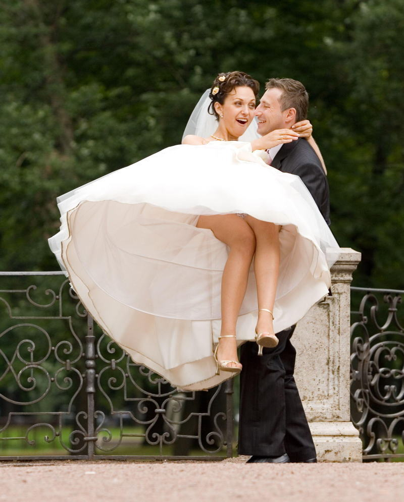 結婚式 パンチラ 外国人 花嫁 エロ画像【23】