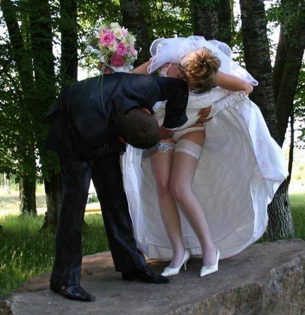 結婚式 パンチラ 外国人 花嫁 エロ画像【29】