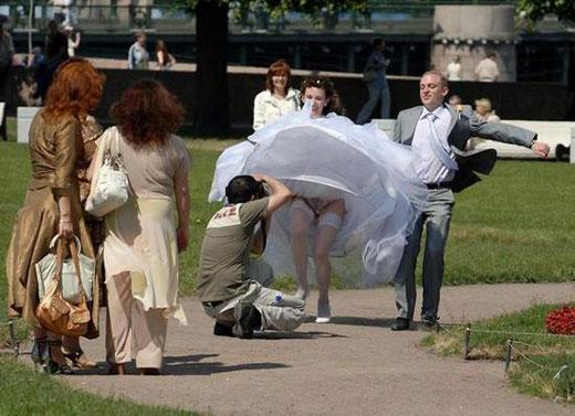 結婚式 パンチラ 外国人 花嫁 エロ画像【39】
