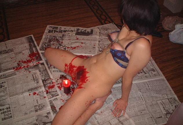 ロウソク責め!女体に蝋を垂らすSMプレイのエロ画像