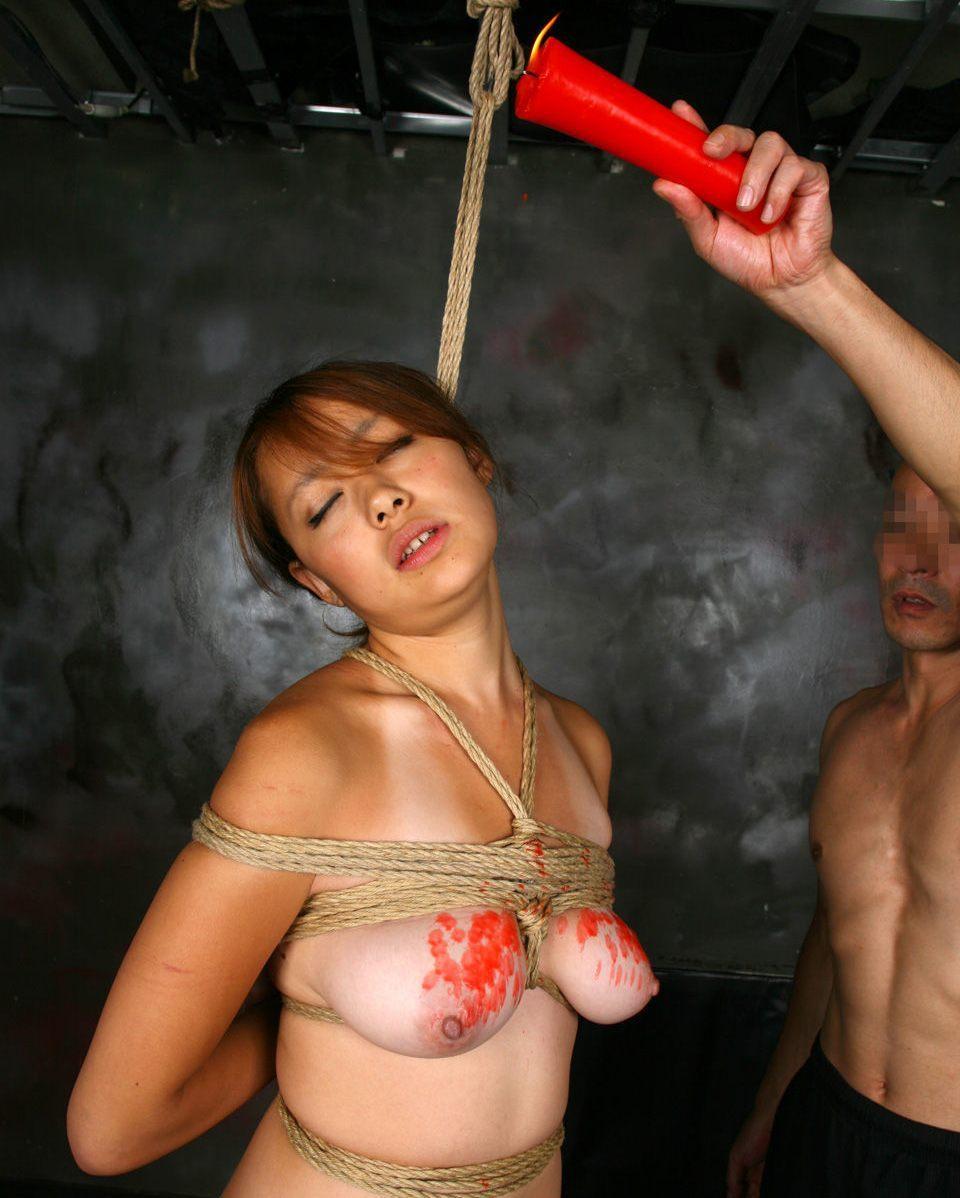 ロウソク責め 女体 蝋 垂らす SMプレイ エロ画像【10】
