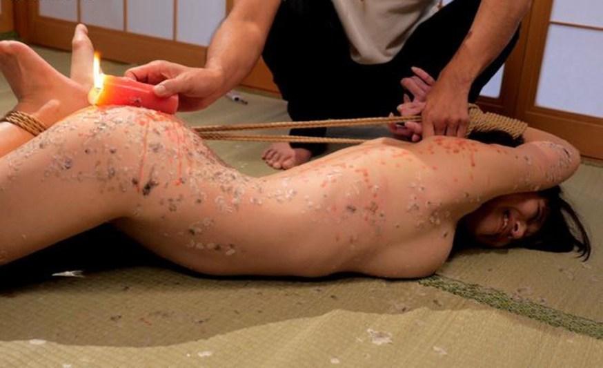 ロウソク責め 女体 蝋 垂らす SMプレイ エロ画像【11】