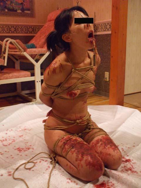 ロウソク責め 女体 蝋 垂らす SMプレイ エロ画像【37】
