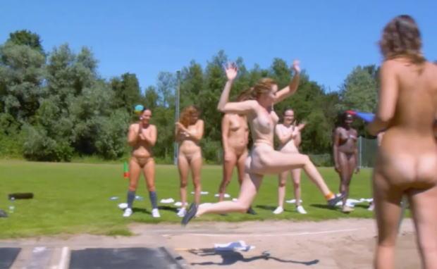走り幅跳び オリンピック競技 全裸 アスリート ヌード スポーツ エロ画像【3】