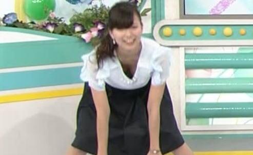 【画像】関西美女アナ 斎藤真美(27)、ブラモロおっぱい丸出し事故wwwwww