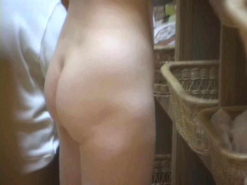 女風呂 脱衣所 エロ画像【7】