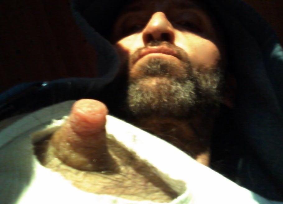 男の勃起乳首・デカ乳首・長乳首!ビンビンなメンズのエロ画像
