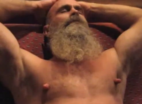 男 勃起乳首 デカ乳首 長乳首 ビンビン メンズ エロ画像【21】