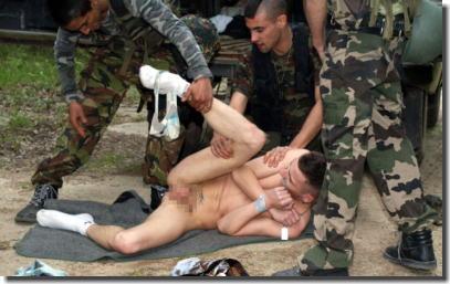 ゲイのレイプ!男が男を襲って犯す強制わいせつエロ画像 ①
