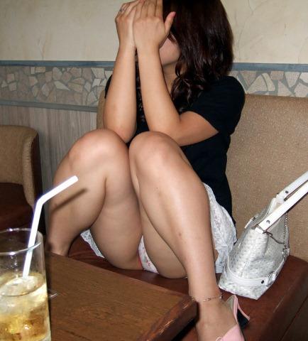 恥ずかしがる パンツ 恥じらい パンチラ エロ画像【27】