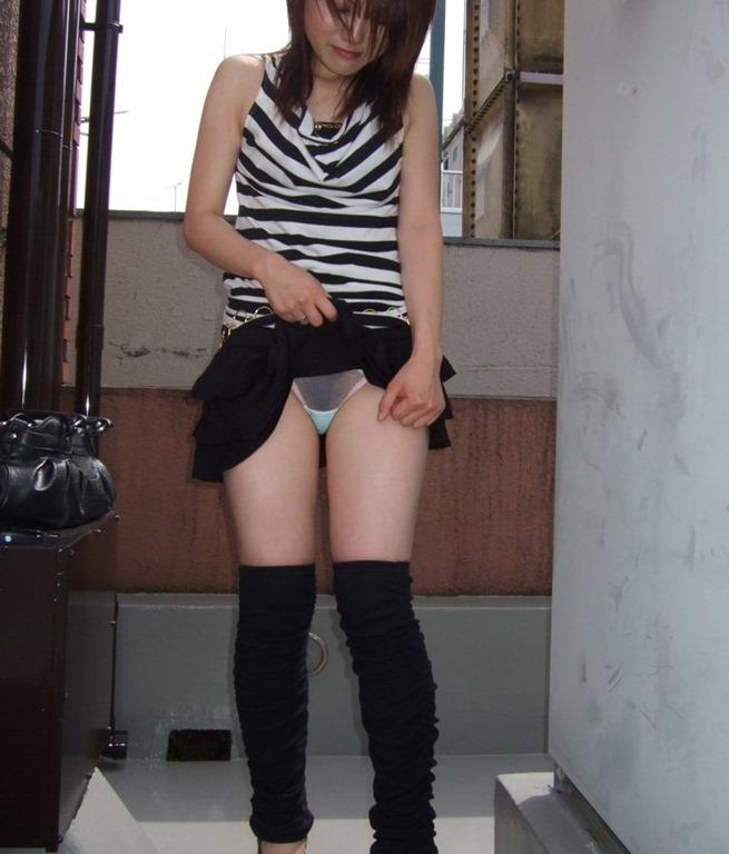 恥ずかしがる パンツ 恥じらい パンチラ エロ画像【30】