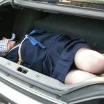 制服JKを緊縛・拘束・拉致・監禁しているエロ画像