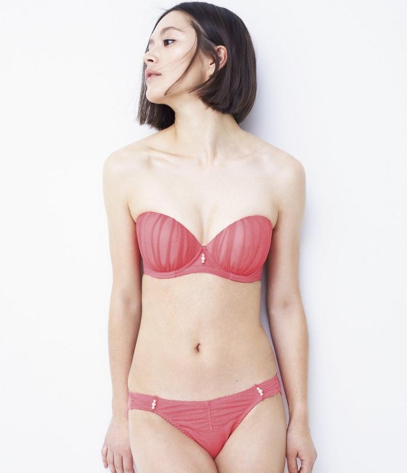 下着 モデル 抜ける ランジェリー カタログ エロ画像【28】