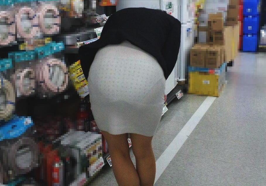 まじパンツ透け過ぎて丸分かりな透けパン女子のエロ画像