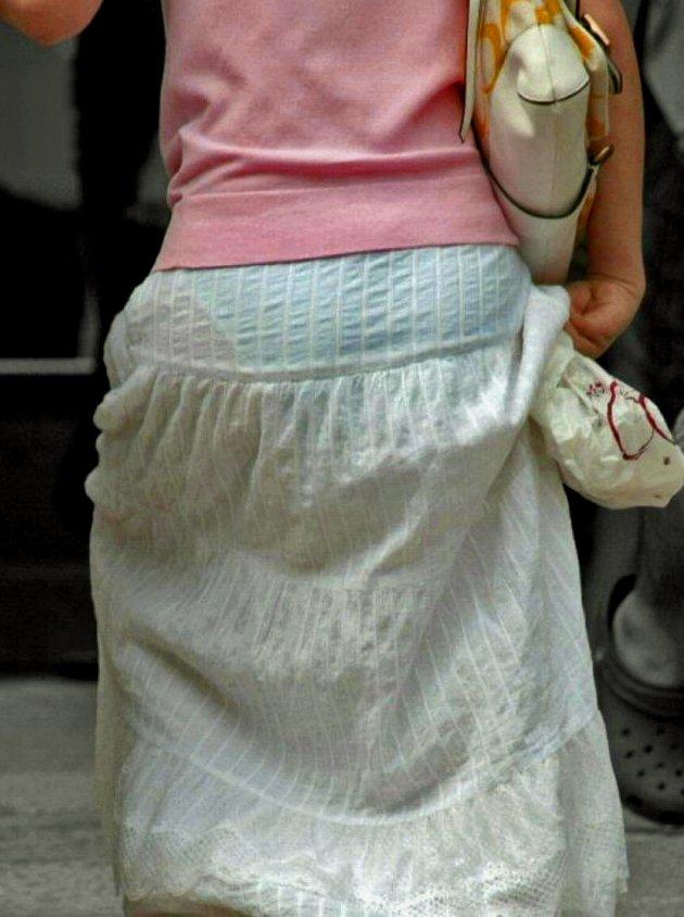 パンツ 透け過ぎ 丸分かり 透けパン エロ画像【28】