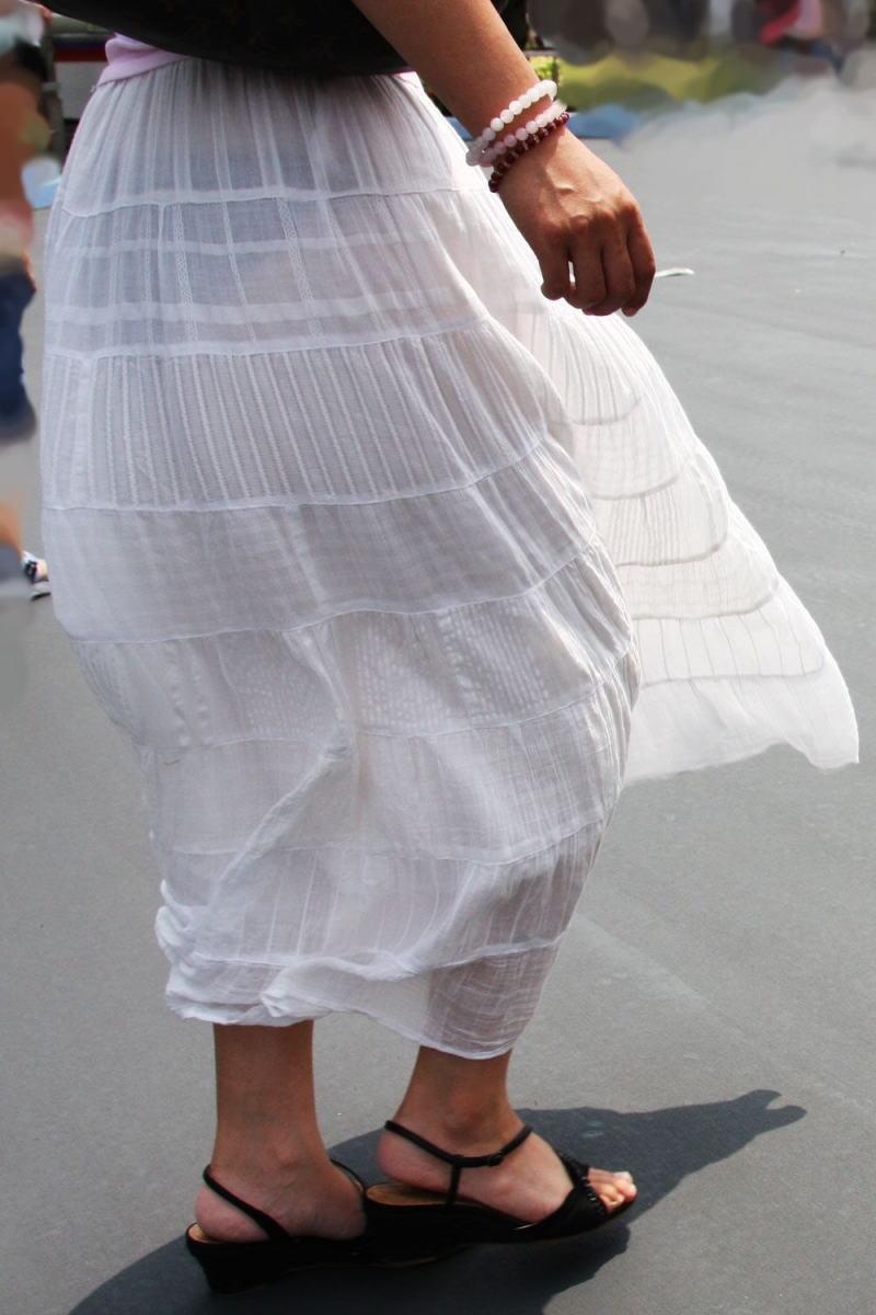 パンツ 透け過ぎ 丸分かり 透けパン エロ画像【35】