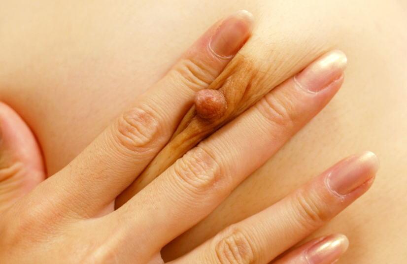 95%の男が吸いつきたくなるであろう乳首おっぱい画像wwww