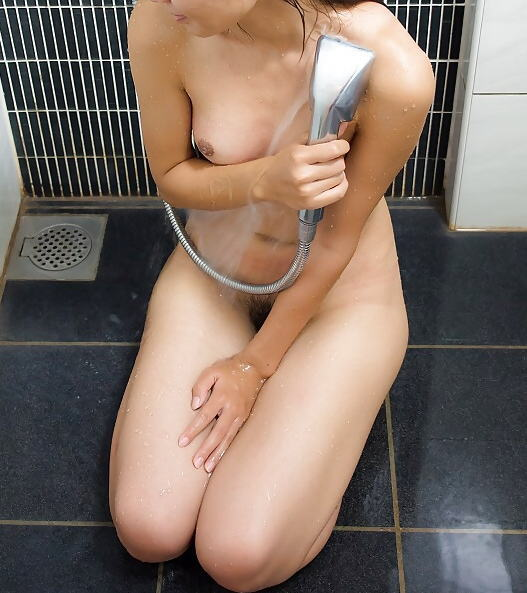 ラブホ お風呂 シャワー 浴びる 入浴 エロ画像【13】