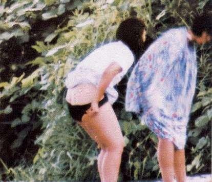 スク水 ビキニ 競泳 水着 着替え エロ画像【20】