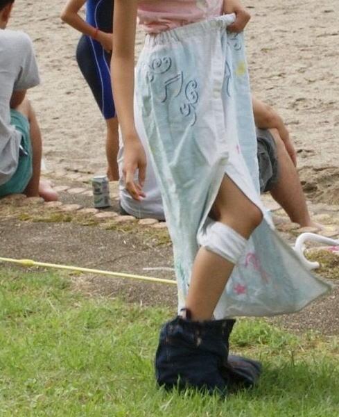 スク水 ビキニ 競泳 水着 着替え エロ画像【28】