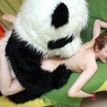 パンダの着ぐるみ・ぬいぐるみ・コスプレエロ画像