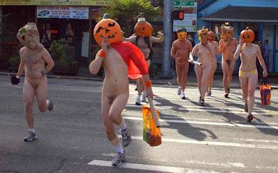 全裸かぼちゃ頭でハロウィンを楽しむパンプキンラン画像集 ④