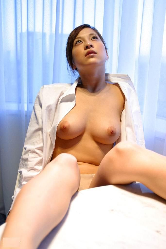 巨乳 ナース おっぱい 大きい 看護師 エロ画像【35】