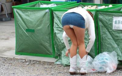 パンツちゃんと呼びたいミニスカパンチラ街撮り画像 ④