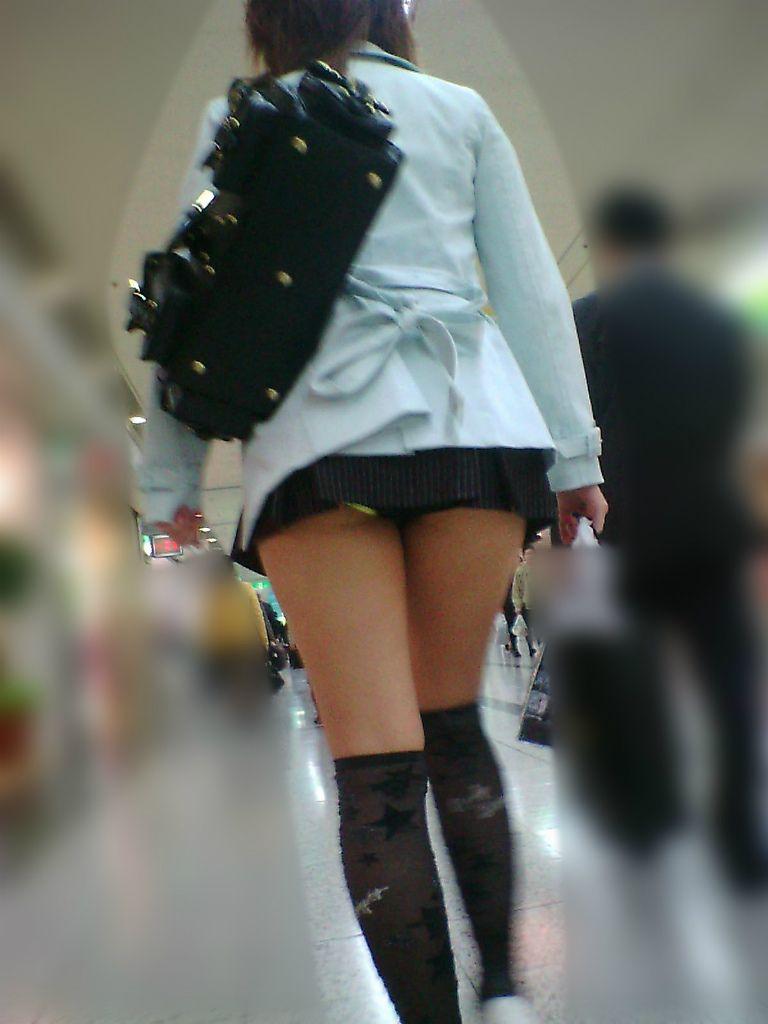 パンツ ミニスカ パンチラ 街撮り エロ画像【2】